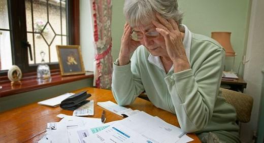 Способы взыскания долга по кредиту с пенсионера